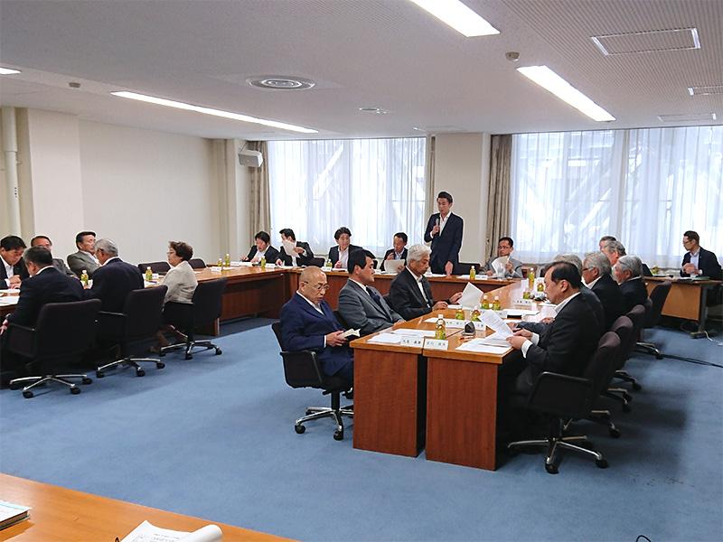 福島県議会政調会